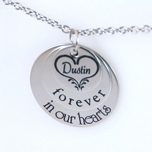 Personalized Memorial Necklace  Heart Circle and Name